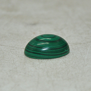 3.6克孔雀石戒面