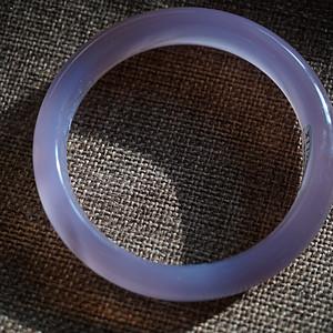 纯天然粉紫玉髓手镯   带国检证书