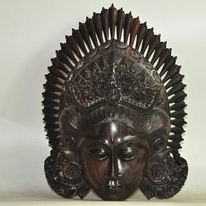 国外木雕女神头像挂件