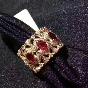 缅甸鸽血红红宝石戒指