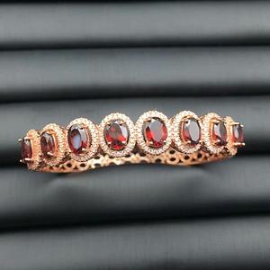 61 925银镶嵌石榴石手镯