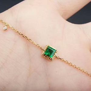 149 925银渡18克金镶嵌祖母绿手链
