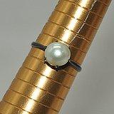 2克镶珍珠戒指