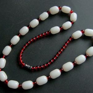 白玉配玛瑙串珠项链