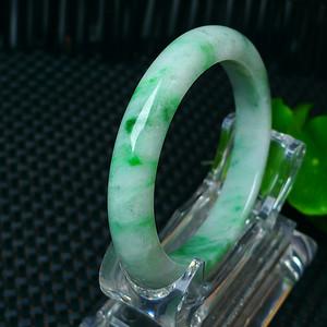 冰润飘阳绿宽边手镯