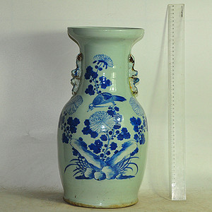青花大瓷瓶