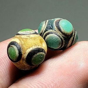 * 4色蜻蜓眼 琉璃珠一对 手工制作 工艺十分复杂 包浆老厚 东西