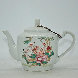 粉彩老茶壶