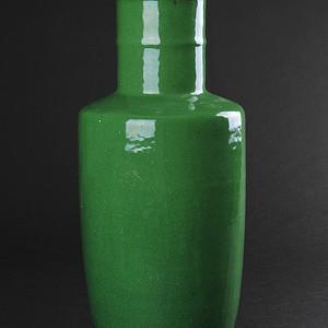 欧美回流 晚清 苹果绿釉棒槌瓶