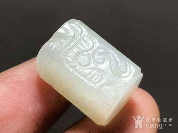 清 和田白玉 一级白 饕餮纹 方楞珠 手工雕刻 工艺十分精细 包浆老厚图5