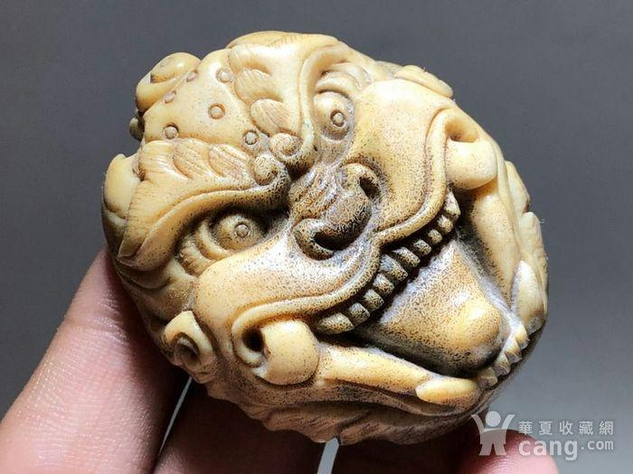 日本回流 晚清 珍贵 骨质 兽面 挂件 工艺精湛 大师级工艺 蝌蚪纹清图1