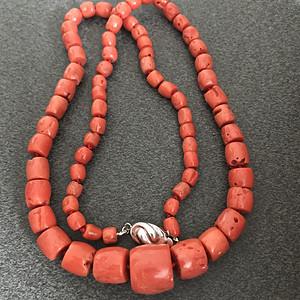 51克珊瑚项链
