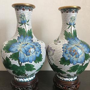 景泰蓝天球瓶