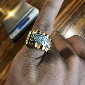 满钻金戒指