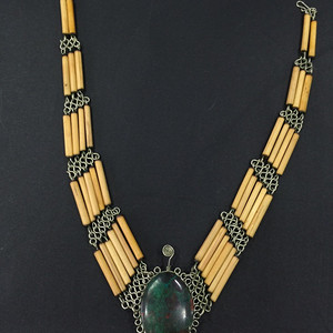 8032绿松石颈链
