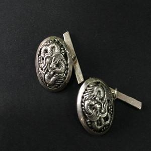8072越南800银龙纹袖扣