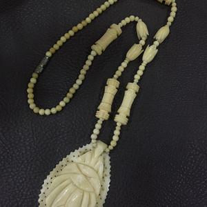 8096欧洲老骨雕毛衣链