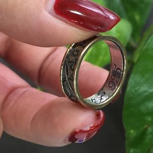 8105银錾金工指环