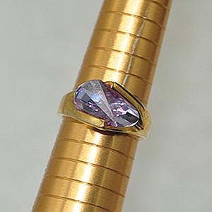6.2克镶水晶戒指