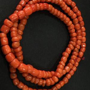 8138百年老珊瑚项链