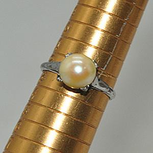 2.5克镶珍珠戒指