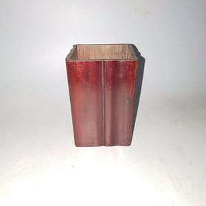 皮壳一流老红木笔筒