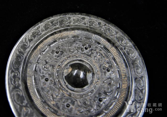 日本回流的高古水银沁青铜镜图5
