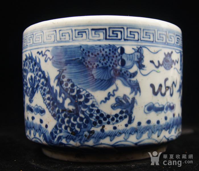 日本国回流的晚清民国时期的青花过墙龙笔筒图4