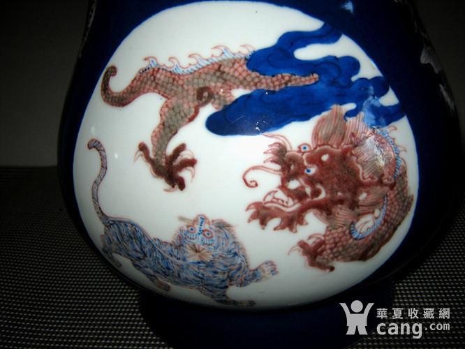 欧洲回流祭蓝开光釉里红尊瓶图9