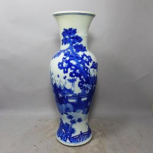 清代细路青花三娘教子人物绘画观音瓶