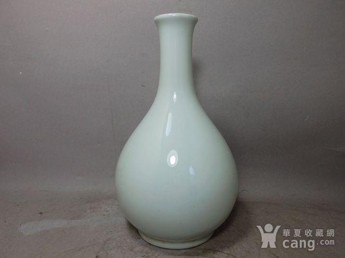 清代白釉赏瓶图2