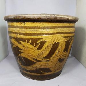 清代黄釉苍龙戏珠浮雕缸