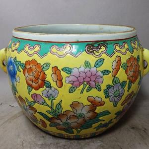 民国时期黄地粉彩花卉绘画粥罐