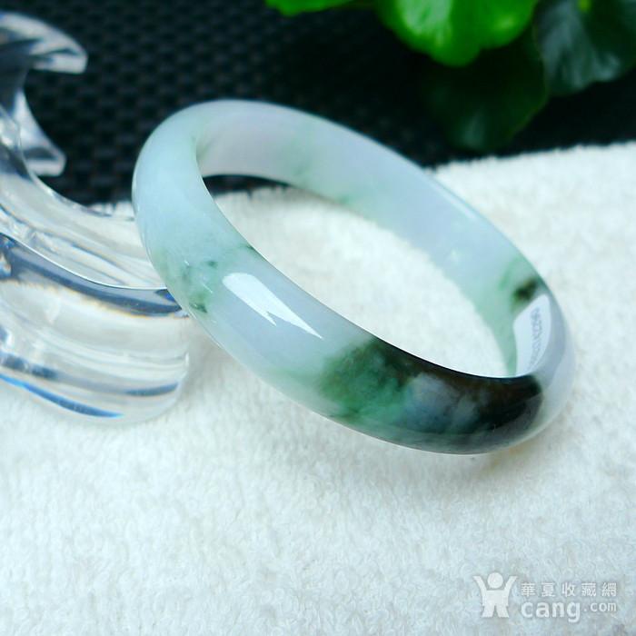 冰润带绿宽边手镯图2