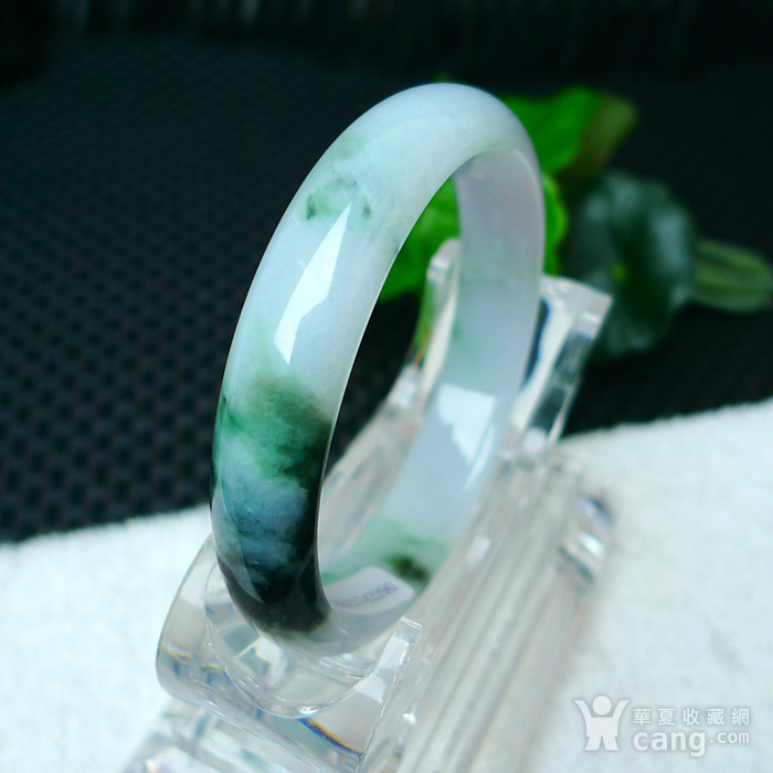 冰润带绿宽边手镯图7