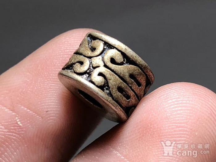 清 藏传 铜鎏银 桶珠 包浆老厚 手工雕刻 纹饰十分漂亮 包浆孔道 大图3