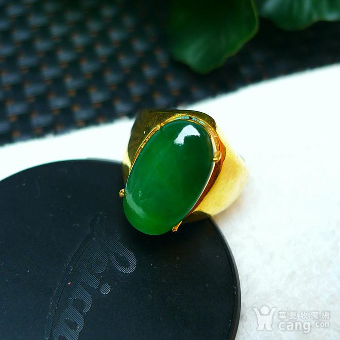 冰润满绿蛋型镶铜戒指图6