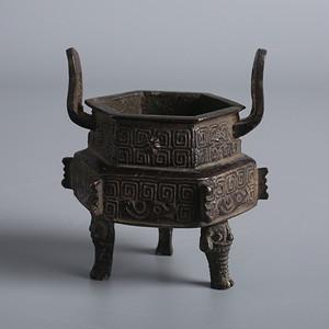 满工夔龙纹 兽头 六方鎏金铜香炉