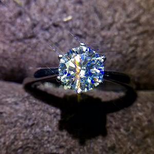 精雕莫桑钻石戒指