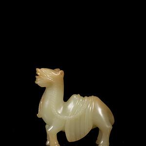 台湾回流,清,和田玉山流水润料镂空圆雕骆驼纹镇纸摆件