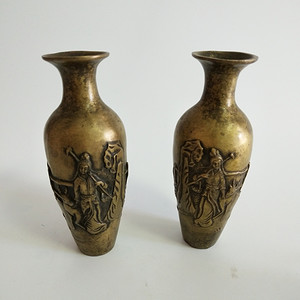 39 铜双瓶