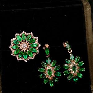 哥伦比亚祖母绿宝石套装