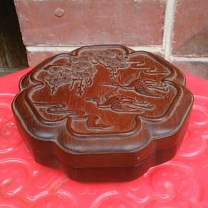 草花梨盒子