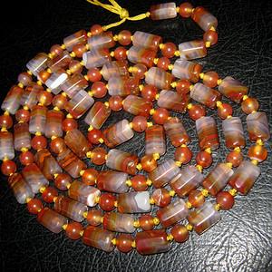 精品战 国红同料珠链