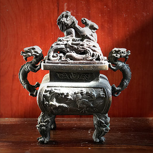 回流重器 收藏级满工铜香炉一件