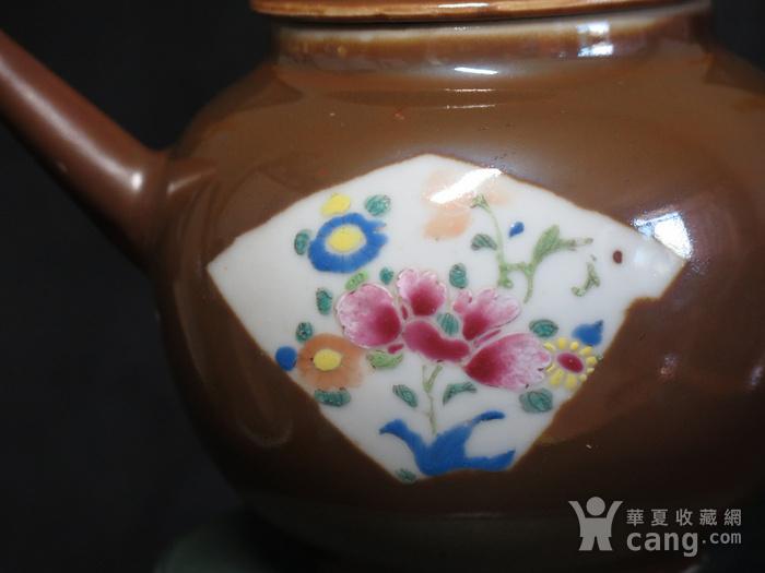 清代乾隆乌金酱釉大茶壶图4