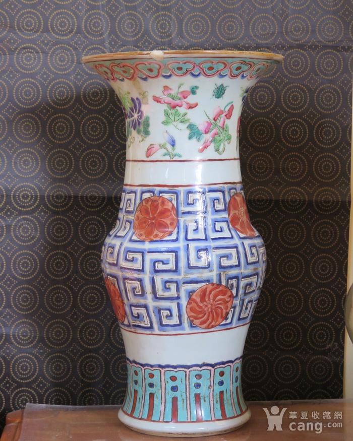 清代40cm同治饕餮回纹粉彩大花觚图2