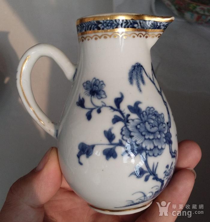 清乾隆青花描金牡丹花卉奶杯图1
