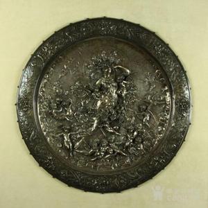 18世纪英国铜镀银雕刻大盘,圣母天使像 本场压轴