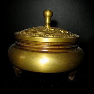 创汇期铜香炉
